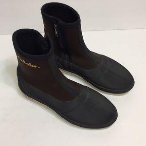 Cabelas Men's Fishing Boots. Size 9